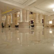 松江商务中心磨石地板和翻新