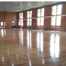 健身房地板打蜡