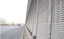 泉州高速百葉式聲屏障工秋程