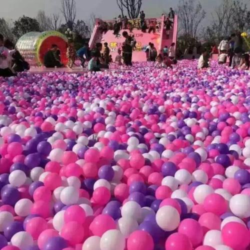 百万海洋球