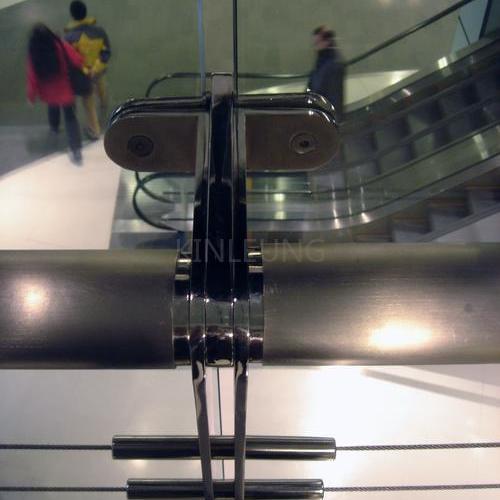 不銹鋼欄桿工程案例