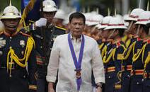 菲律宾总统图特尔特参观开山发电项目