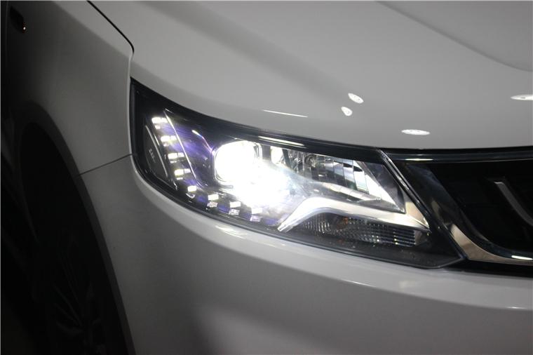 远景SUV12.jpg