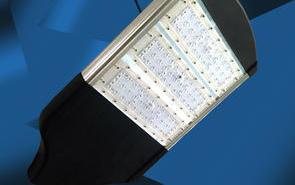 计算LED路灯的照度及配置
