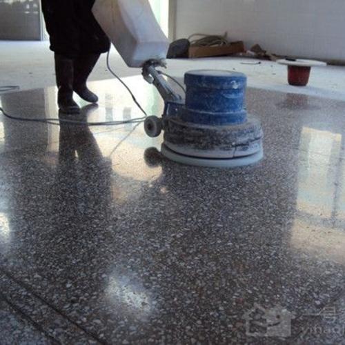 写字楼清洗水磨石地板和翻新