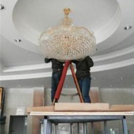 浦东大厦水晶灯清洗