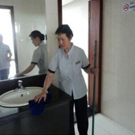 松江区定点单位托管保洁员