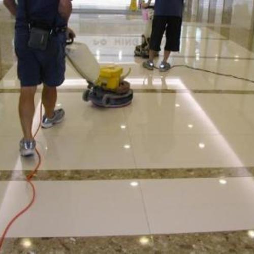 商务楼地板打蜡