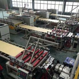 WPC地板生产线
