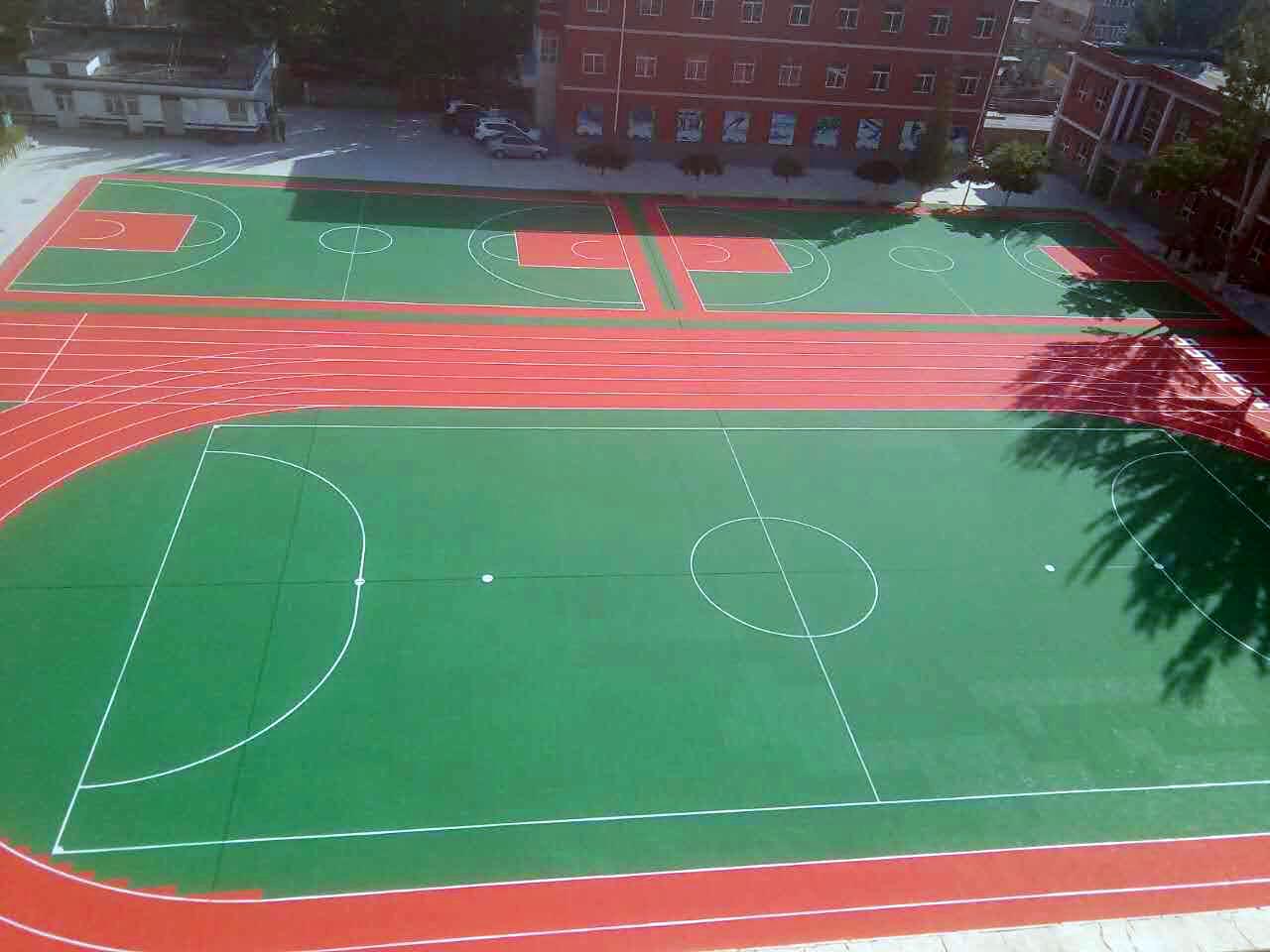 硅PU跑道及足球场案例图1.jpg