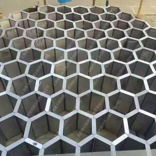 蜂巢迷宮3