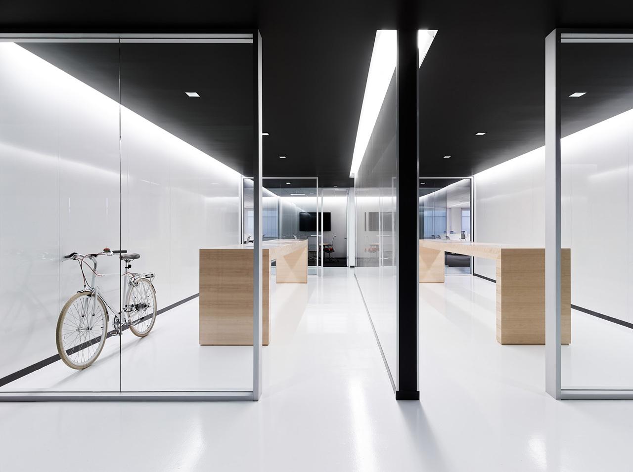 上海天波信息科技有限公司休闲区办公室装修案例