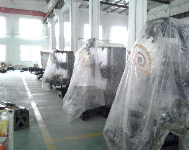 龙门雕铣机加工中心工厂