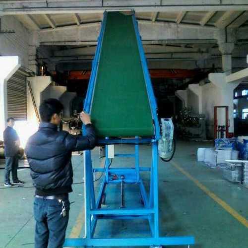 输送带—上海世配自动化设备—裙边输送机 带挡板输送机