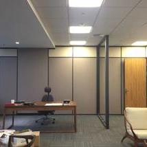 玻璃板墙结合隔断