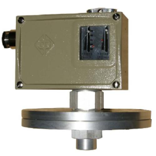 D500/7D压力控制器的特点、接线图和外形图