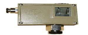 D504/7D壓力控制器的特點、接線圖和外形圖