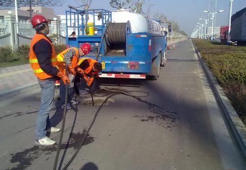 管道清洗清淤泥