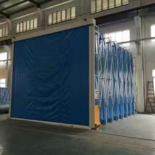 大型伸缩式喷漆房