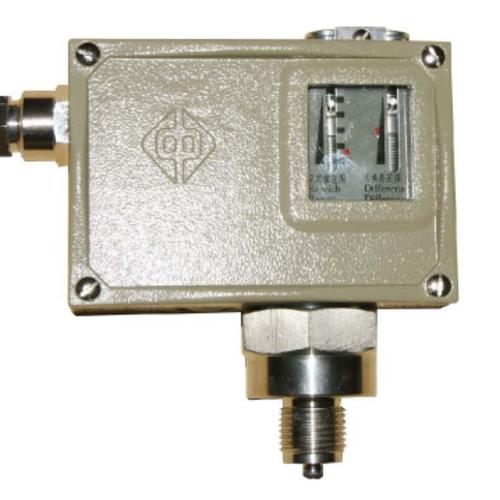 D511/7D压力控制器的特点、接线图和外形图