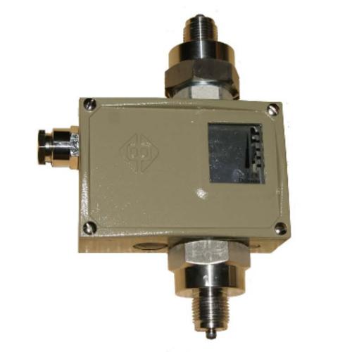 D530/7DD差压控制器的特点、接线图和外形图