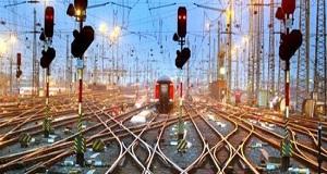 具有专业的铁路通讯旌旗灯号装备的手艺和消费实力