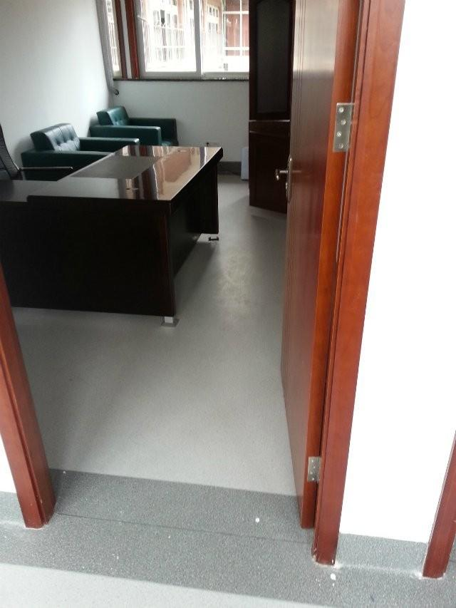 办公室1-3.jpg