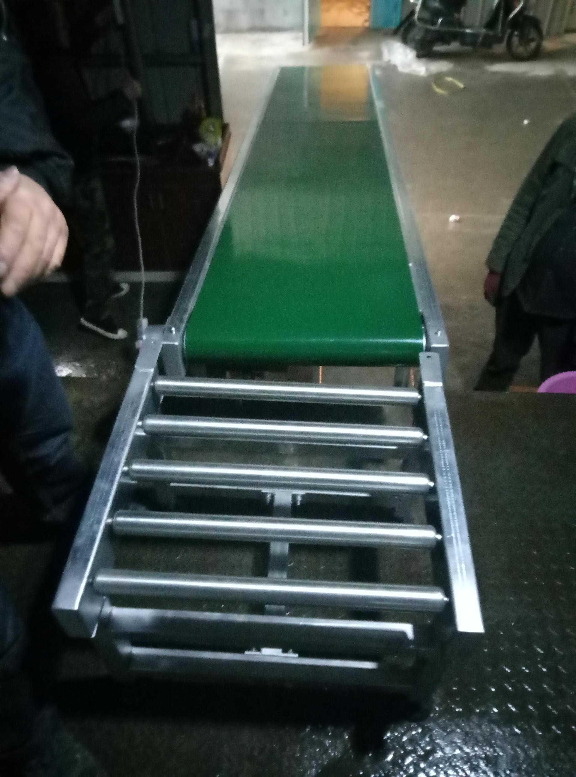 上海输送机加工厂家|直线输送机**者|专注输送行业10年—上海世配