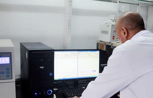甲醛检测实验室一角