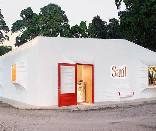 White and glamorous Saul Zona 14