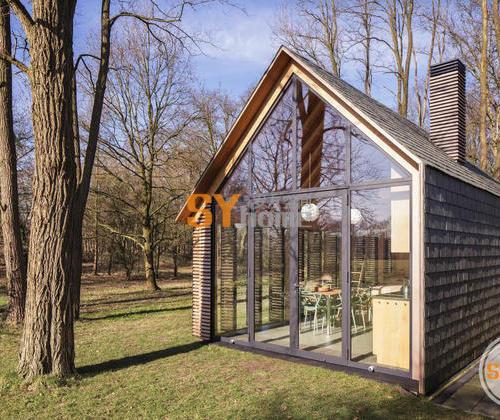 立面丰富,功能齐全的集成小木屋