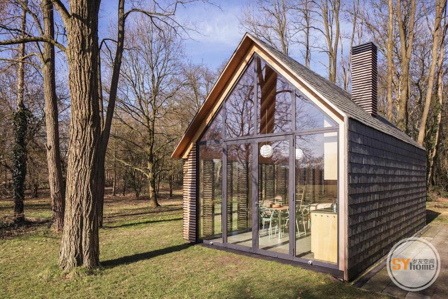 立面豐富,功能齊全的集成小木屋
