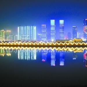 长沙湘江东岸