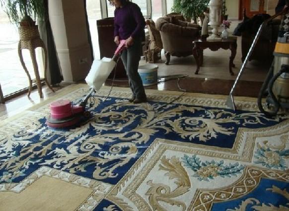 地毯清洗1.jpg