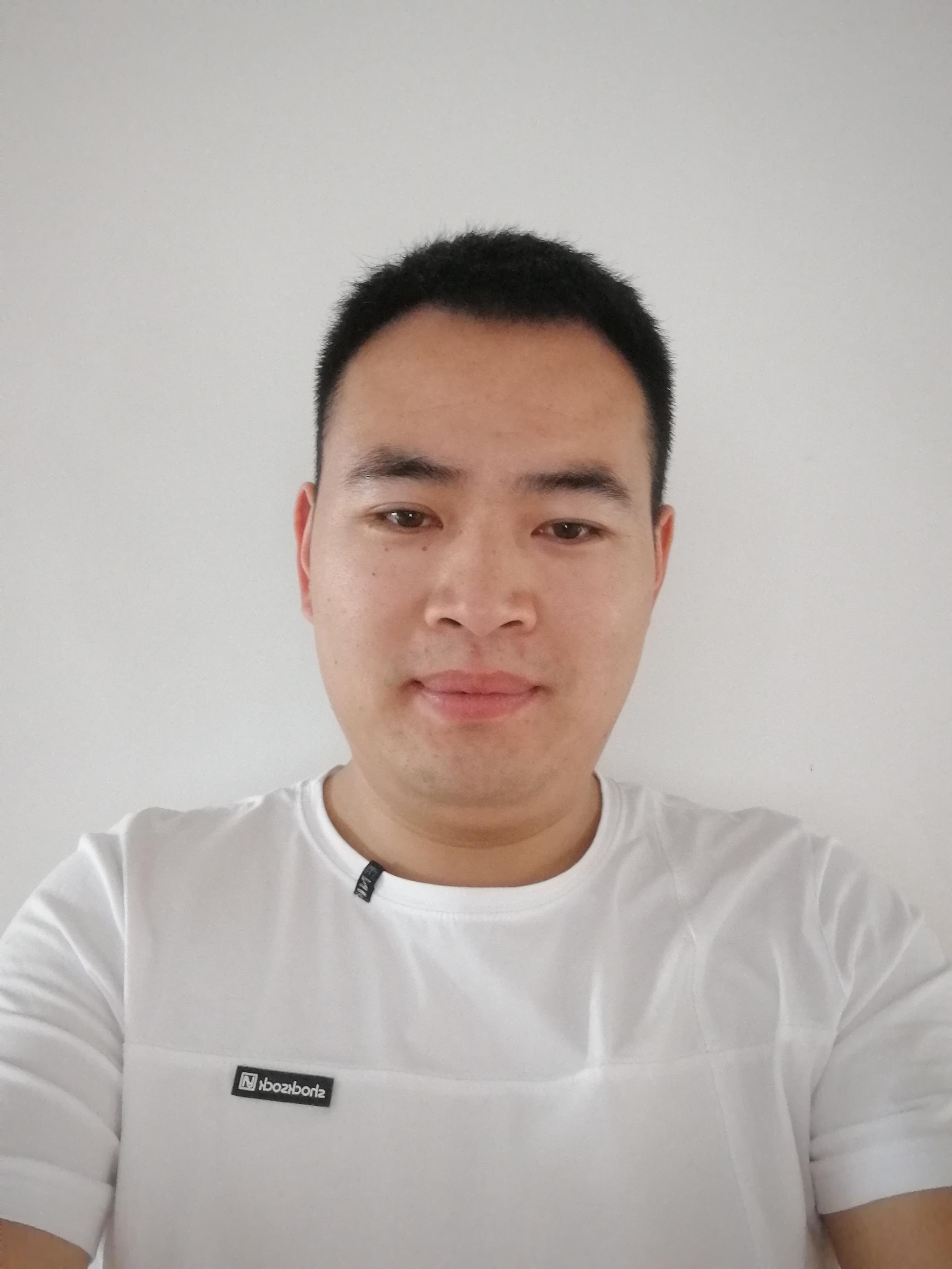 陈海朋:项目经理