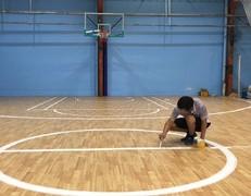 室内篮球场