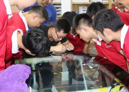 北京资深玻璃修复大师来鲨鱼皮技术交流