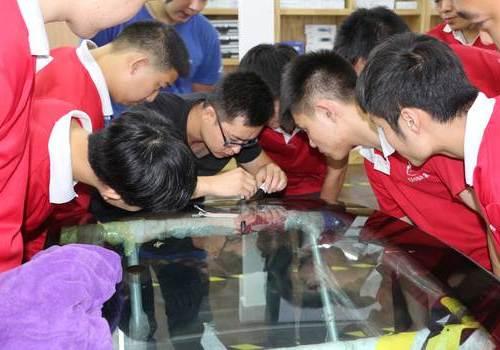 北京資深玻璃修複大師來鲨魚皮技術交流