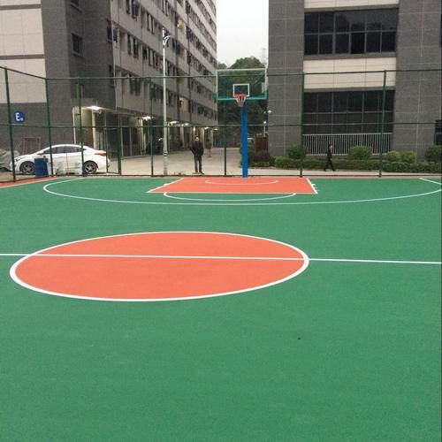 上海采红塑胶跑道施工案例——东莞凤岗工业园丙烯酸篮球场完工
