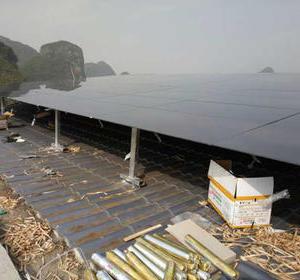 恭城县平安乡下山源第一套汉能光伏发电站安装完成
