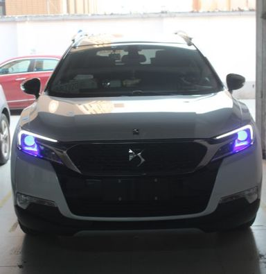 上海蓝精灵车灯改装DS6改海拉五透镜欧司朗氙气灯加蓝色恶魔眼
