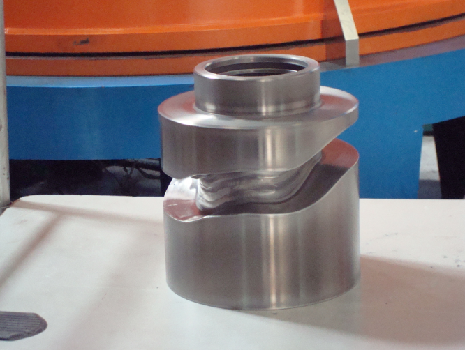 5-13饮料流水线不锈钢组件.PNG