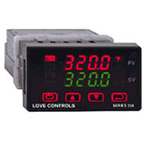 32A系列 温度/过程调节器