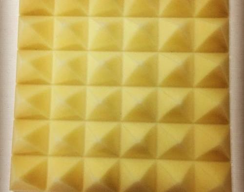 鸡蛋棉吸音板