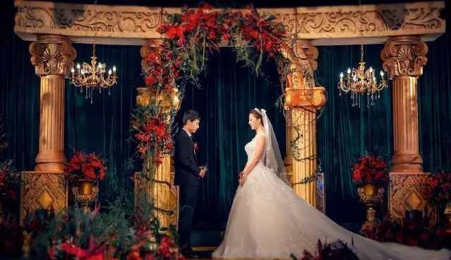 婚礼策划临时跑路,婚礼都办不成,这个「智商税」谁来买单?