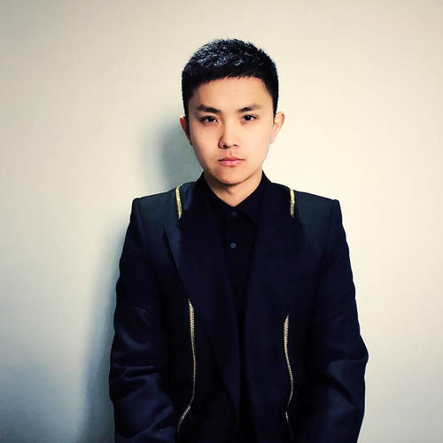 YangYang——伊黛希美妆学校高级讲师