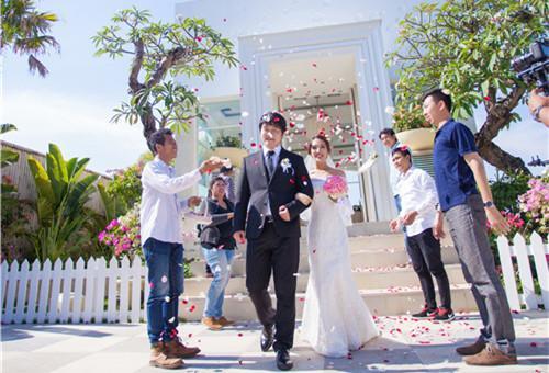 干货|8种结束方式让你的婚礼high翻天