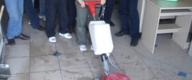PVC地面清洗