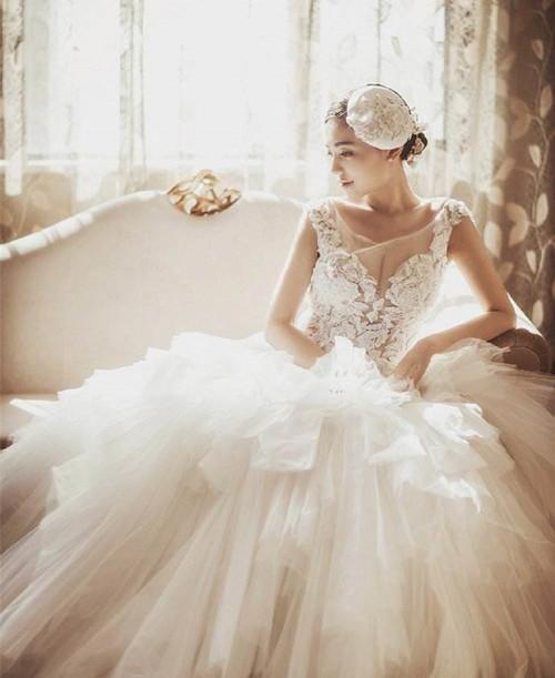 星座不同挑婚纱有啥区别,不同星座,适合的婚纱也不一样!