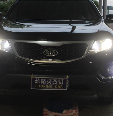 起亚索兰托车灯改装海拉5双光透镜欧司朗CBI氙气大灯